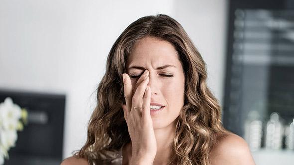 affaticamento-visivo-ridotto-dopo-lenti-a-contatto-ottica-lariana-como